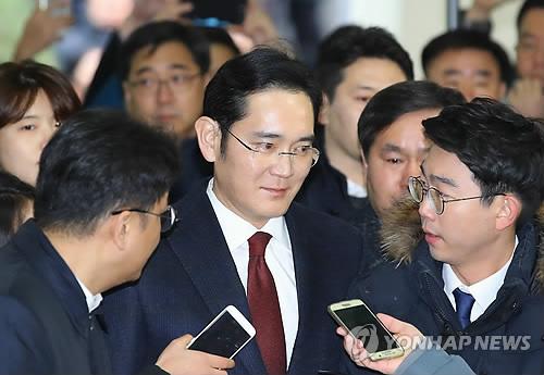 이재용 삼성전자 부회장 특검 출석 <사진 = 연합뉴스>