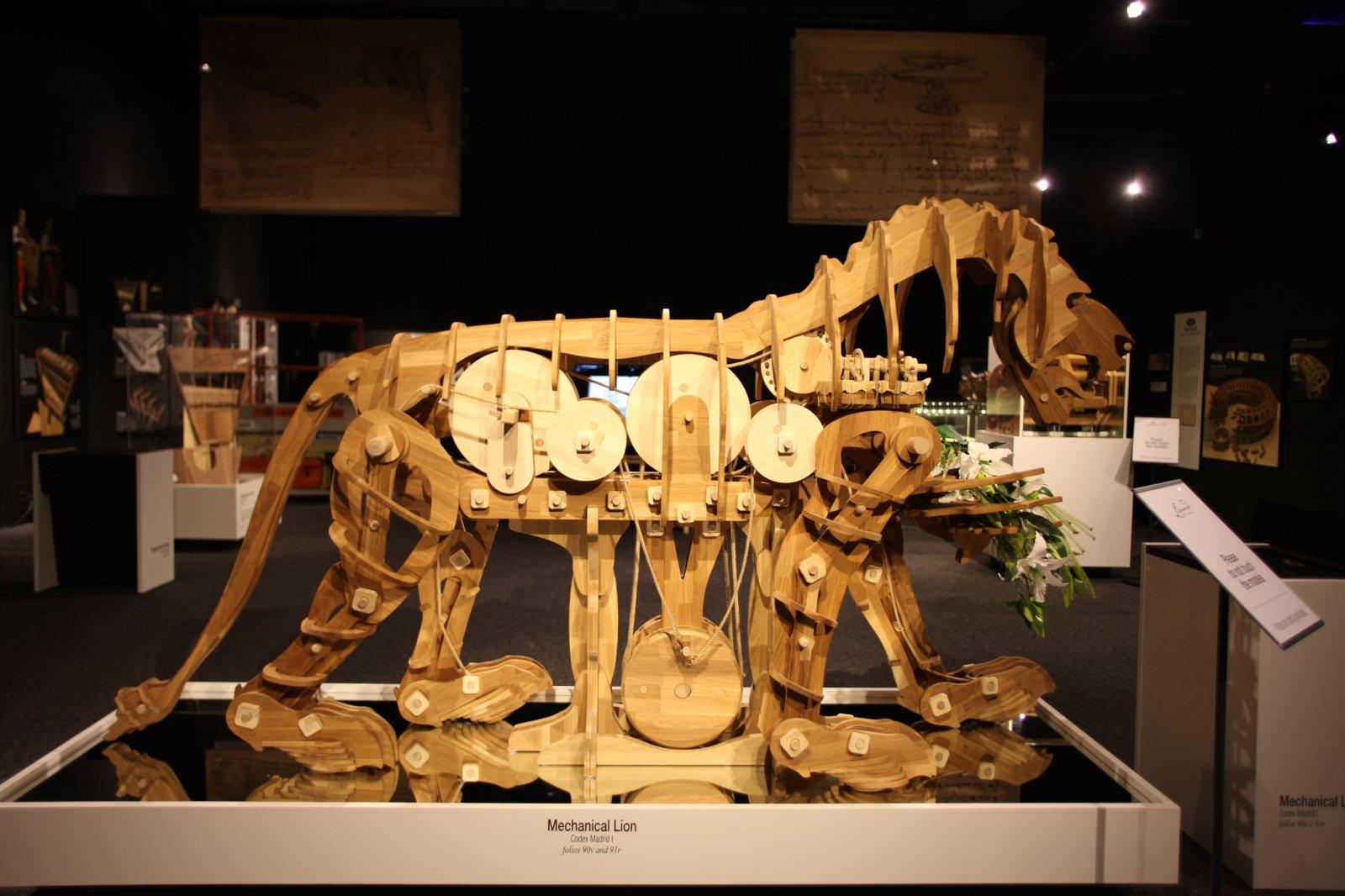'다빈치 코덱스' 전시회 중 엘뜨레의 '기계사자'(사진제공 : 코이안(주))
