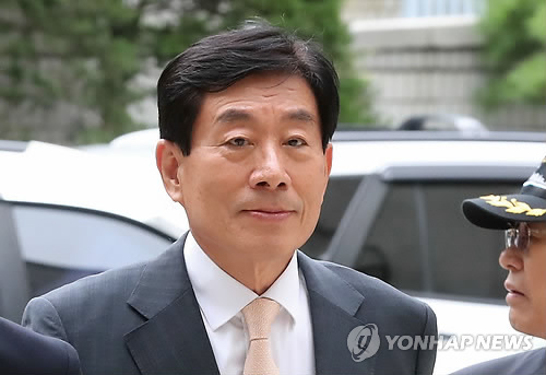 원세훈 전 국정원장<사진=연합뉴스>