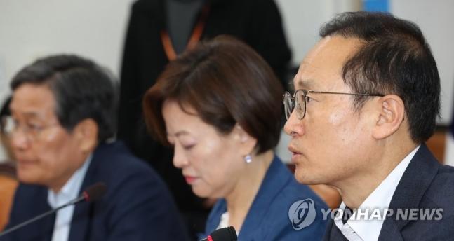 더불어민주당 홍영표 원내대표<사진=연합뉴스>