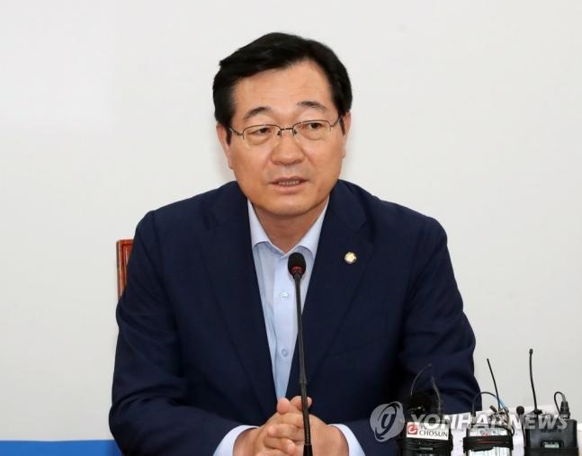 더불어민주당 국군기무사령부 계엄 문건TF 단장을 맡은 민홍철 의원<사진=연합뉴스>