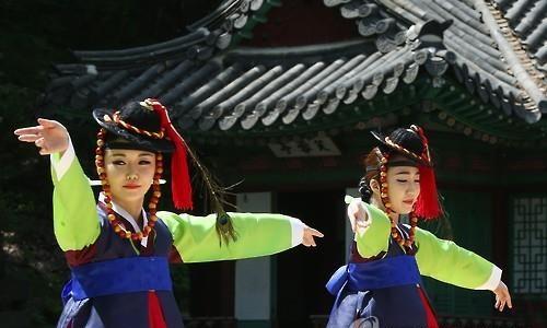 창덕궁 후원에서 열린 '고궁음악회' <사진=연합>