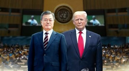 South Korean President Moon Jae-in (L), U.S. President Donald Trump <Image: Yonhap News>