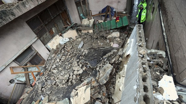 This photo shows an old two-story house that collapsed in the southeastern port city of Busan on Sept. 21, 2019, killing a 72-year-old woman who lived on the first floor. <Photo: Yonhap News>