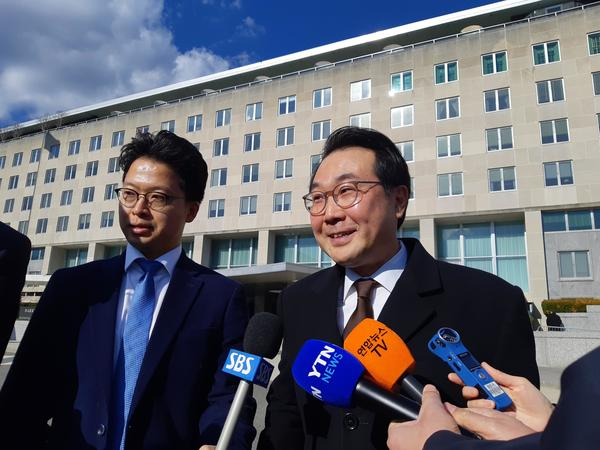 Chief nuclear envoy Lee Do-hoon speaks to reporters after holding talks with his U.S. counterpart Stephen Biegun in Washington