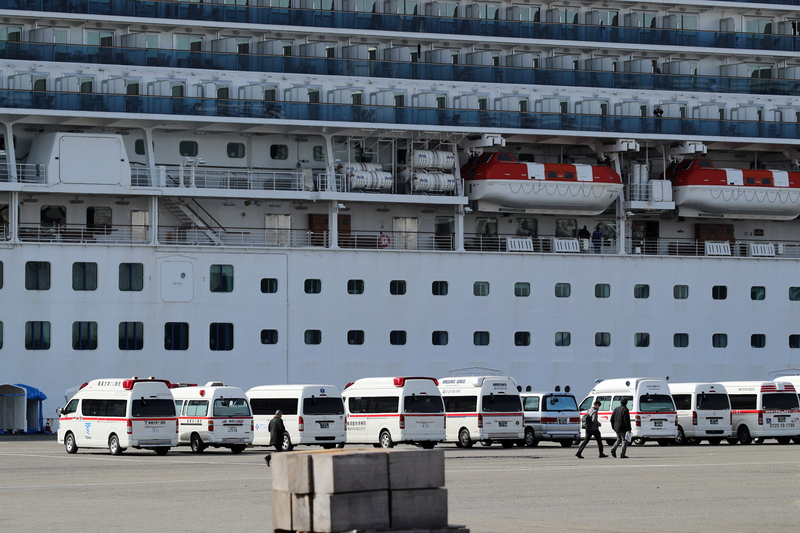 ambulances in front of the Diamond Princess