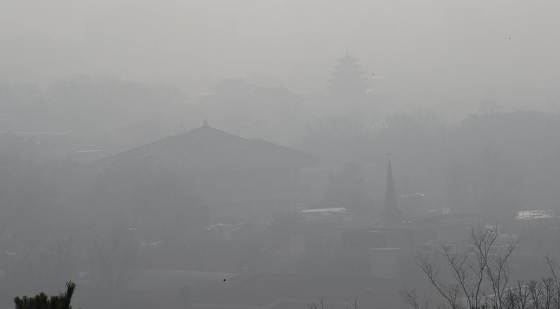 Thick layer of fine dust covers Seoul