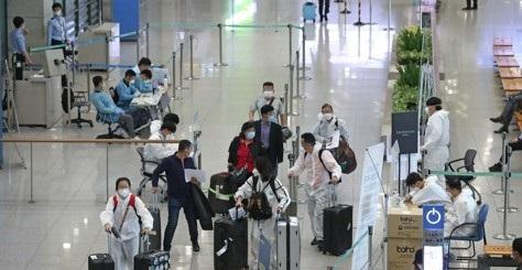 인천 국제공항 제1터미널 입국자들