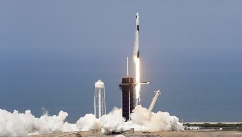 SpaceX's Falcon 9 lifts off on May 31, 2020.