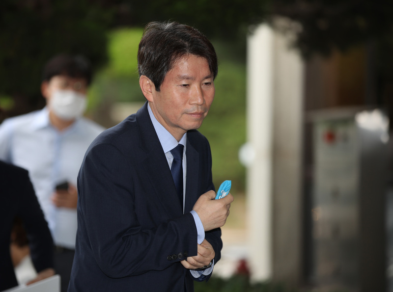 Unification minister nominee Lee In-young