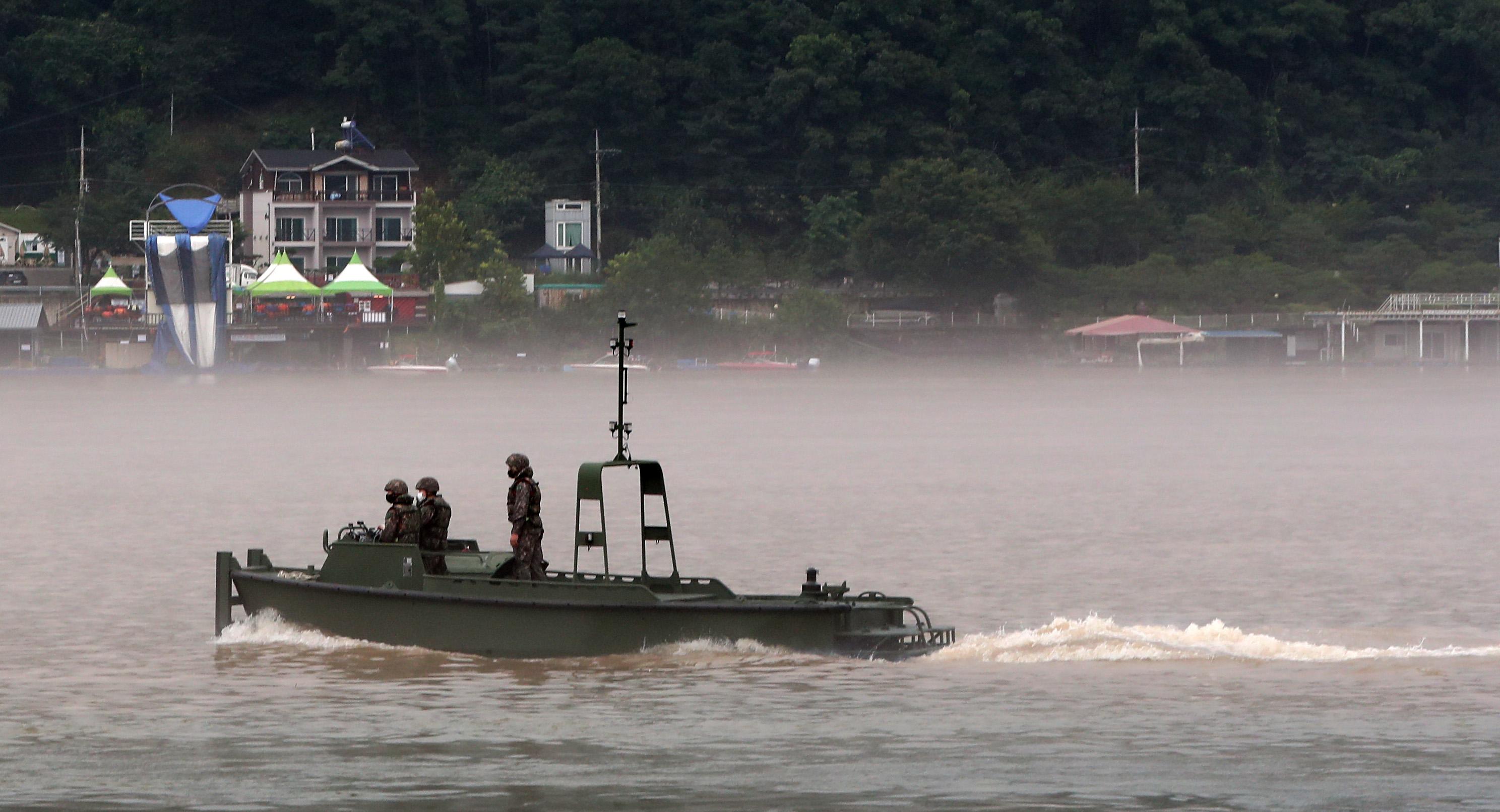 강원 춘천시 의암댐 실종자 수색 나선 육군 2군단