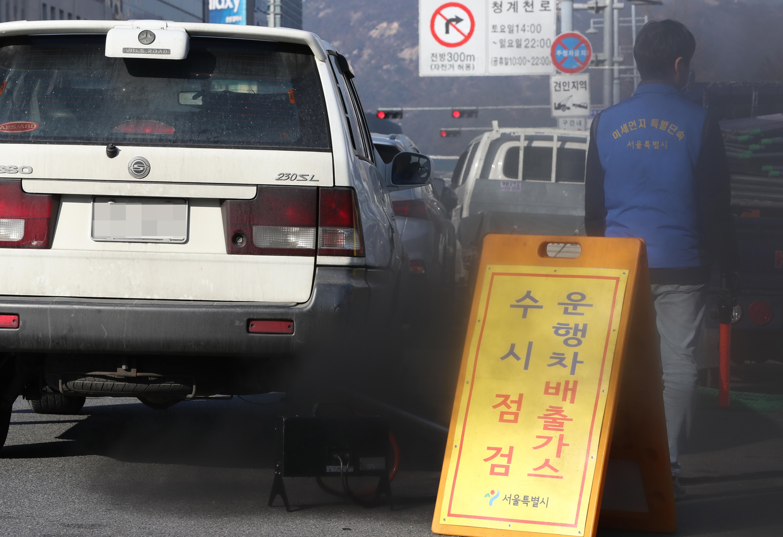 노후경유차 수도권 운행제한 <사진=연합뉴스>