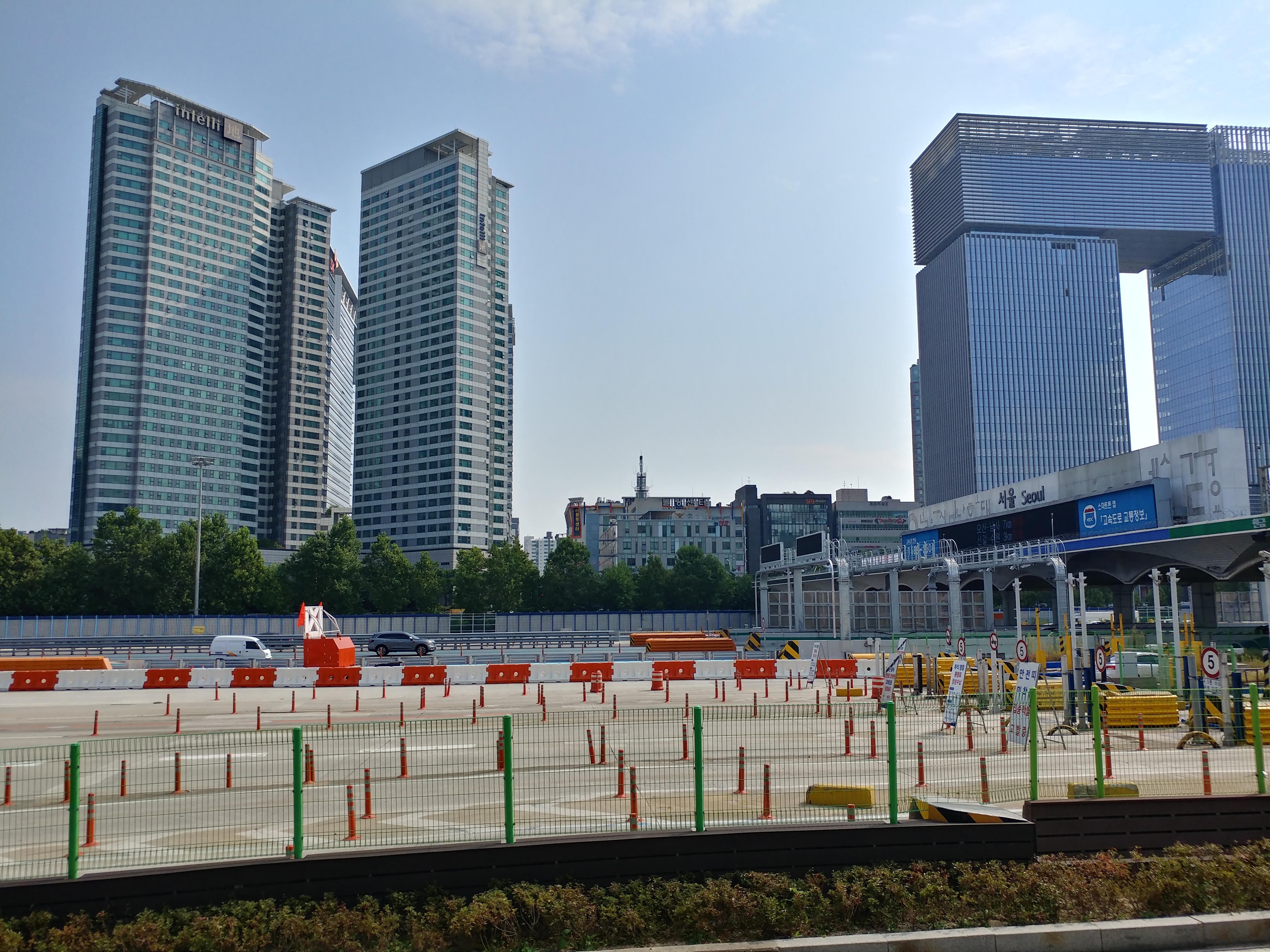 30일 정오 서울요금소 교통상황