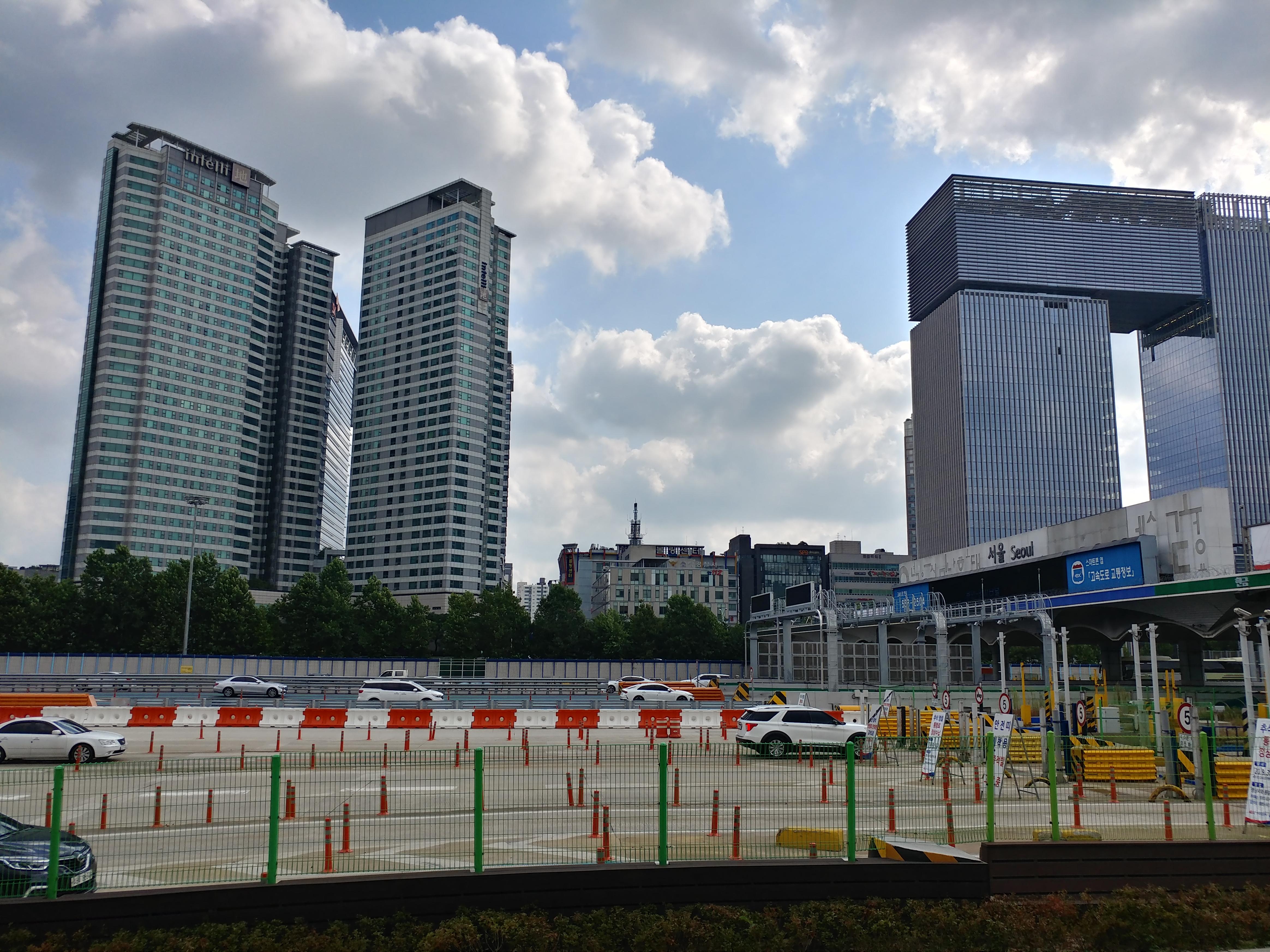 2일 11시 서울요금소 모습