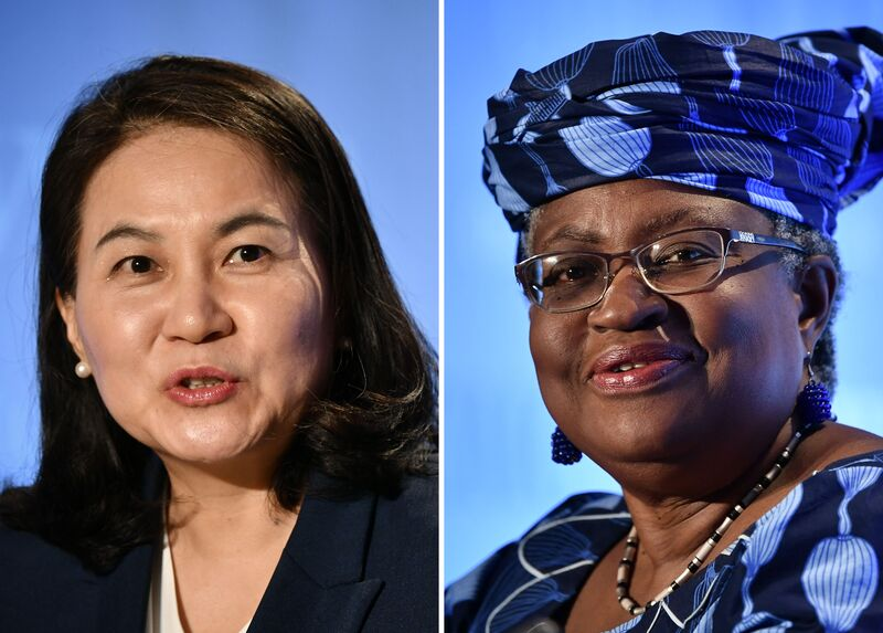 South Korean Trade Minister Yoo Myung-hee (L) and former Nigerian Finance Minister Ngozi Okonjo-Iweala