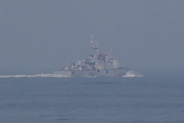A South Korean naval ship engages in a search of waters off the coast of Incheon on Oct. 19, 2020. (Photo: Yonhap News)
