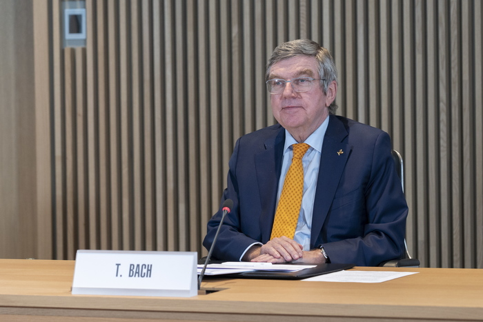 International Olympic Committee President Thomas Bach hosts the first executive board meeting of the year in Lausanne, Switzerland, on Jan. 27, 2021. (Photo: EPA-Yonhap News)