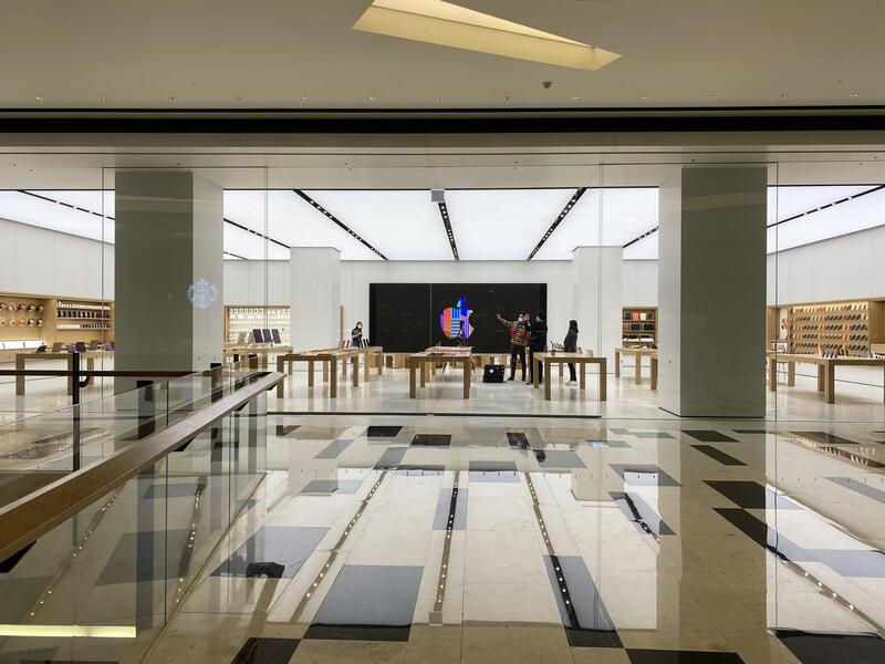 The new Apple Store, located in the IFC Mall in Seoul's Yeouido area, is scheduled to open Friday. (Photo: Yonhap News)