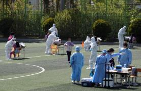 Temporary testing site set up at a school in Gwangju in April (Photo: Yonhap News)