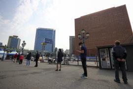 social distancing test site Seoul Station