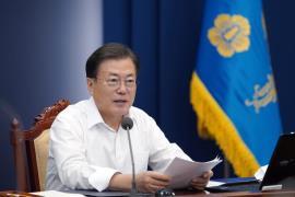 청와대 수석보좌관회의 주재한 문재인 대통령