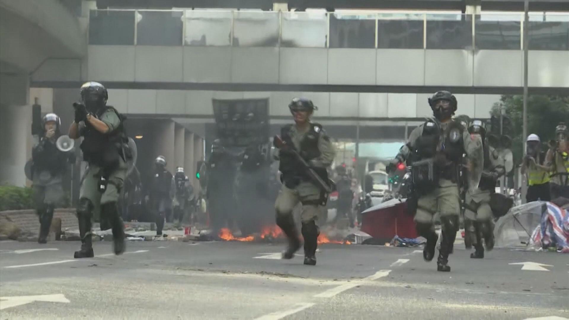 홍콩시위... 사흘째 '교통대란'등 사태 갈수록 악화